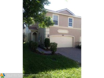 Coconut Creek Condo/Townhouse For Sale: 3540 Morningside Pl #3540