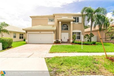 Pembroke Pines Single Family Home For Sale: 1943 NW 170th Ave