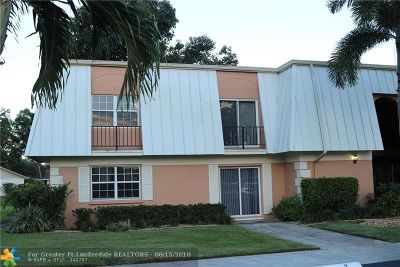 Davie Condo/Townhouse For Sale: 3660 Citrus Trce #4