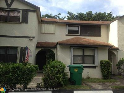 Lauderhill Condo/Townhouse For Sale: 3451 NW 75th Ter #3451