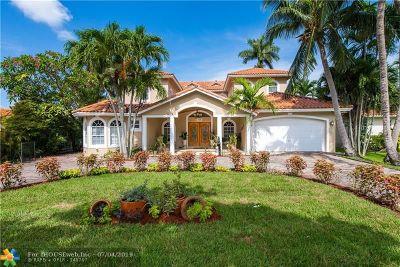 Miami Single Family Home For Sale: 164 Lenape Dr