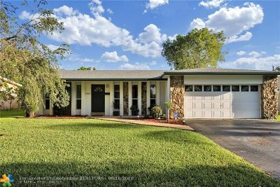 Cooper City Single Family Home For Sale: 9030 SW 52nd St