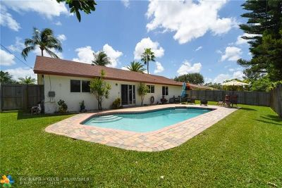 Oakland Park Single Family Home For Sale: 1761 NW 43rd St