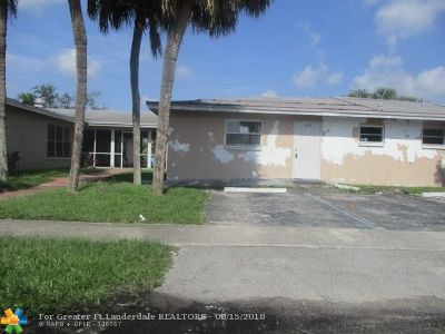 Lauderhill Multi Family Home For Sale: 2751 NW 58th Ter