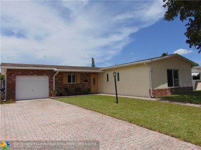 North Lauderdale Single Family Home For Sale: 6561 SW 9th Pl