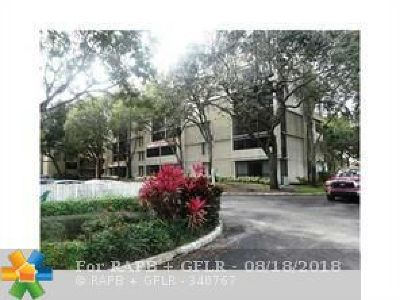 Plantation Condo/Townhouse For Sale: 6800 Cypress Rd #513
