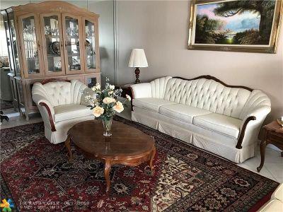 Deerfield Beach Condo/Townhouse For Sale: 352 Markham P #352