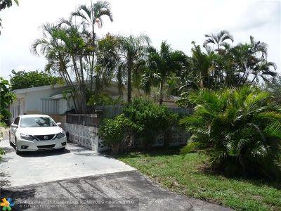 Pompano Beach FL Single Family Home For Sale: $275,000
