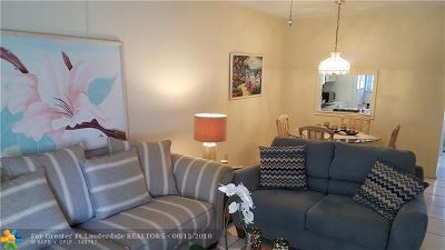 Deerfield Beach Condo/Townhouse For Sale: 899 SE 2nd Ave #116