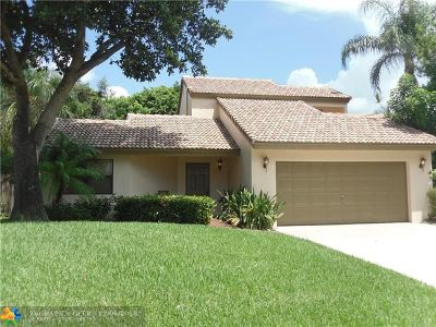 Boca Raton Single Family Home For Sale: 6569 Pond Apple Rd