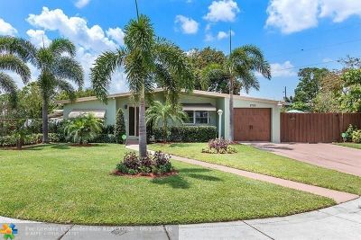 Pompano Beach Single Family Home For Sale: 1720 NE 44th St