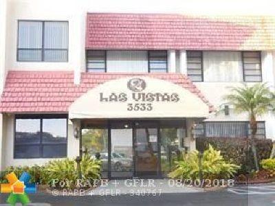 Lauderhill Condo/Townhouse For Sale: 3521 Inverrary Dr #109