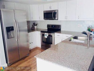 Boynton Beach Condo/Townhouse Backup Contract-Call LA: 1406 Princeton Ln #1406