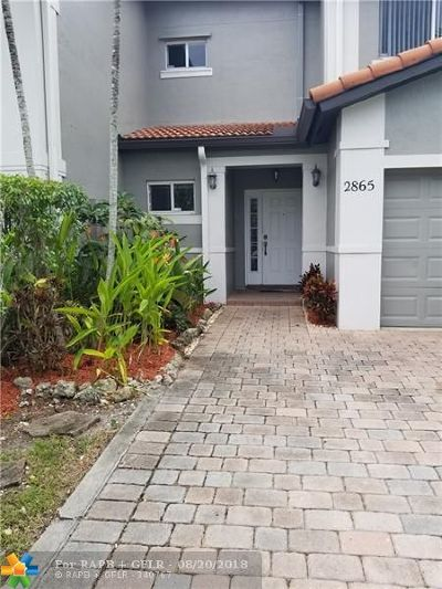 Miramar Condo/Townhouse For Sale: 2865 SW 129th Ter #2865