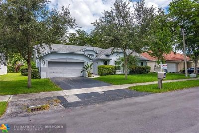 Coconut Creek Single Family Home For Sale: 4325 NW 52 Street