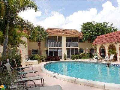 Pompano Beach Condo/Townhouse For Sale: 101 E McNab Rd #316