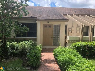 Plantation Condo/Townhouse For Sale: 7902 NW 10th St #7902