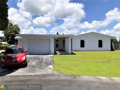 Oakland Park Single Family Home For Sale: 2947 NE 15th Ter