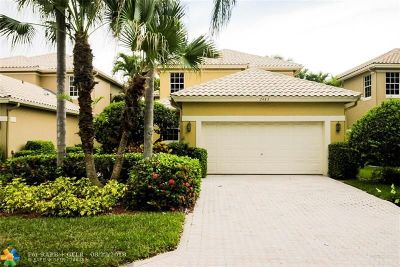 Broward County, Palm Beach County Single Family Home For Sale: 2483 NW 66th Dr