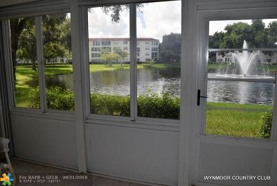Coconut Creek Condo/Townhouse For Sale: 1503 Cayman Way #M1