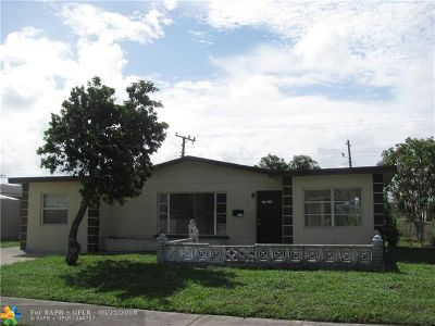 Pompano Beach FL Single Family Home For Sale: $215,000