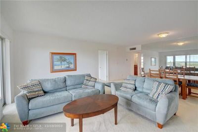 Coral Springs Condo/Townhouse For Sale: 10777 W Sample Rd #709