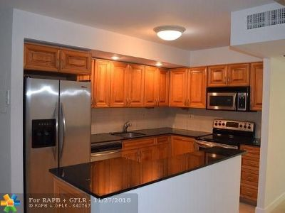 Aventura Rental For Rent: 20350 W Country Club Dr #117-4