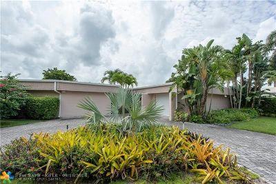 Tamarac Single Family Home For Sale: 4905 Umbrella Tree Ln
