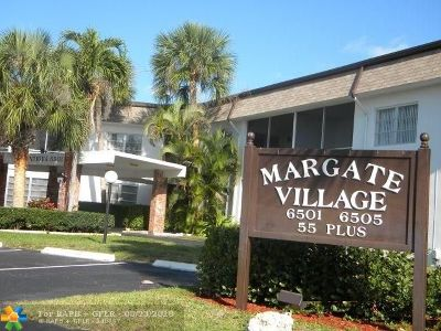 Margate Condo/Townhouse For Sale: 6501 Winfield Bl #A-56
