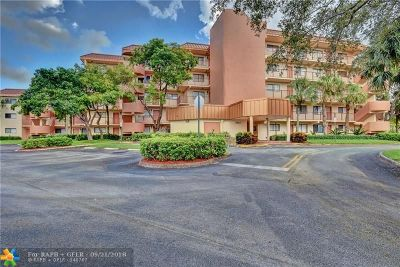 Plantation Condo/Townhouse For Sale: 7451 NW 16th St #204