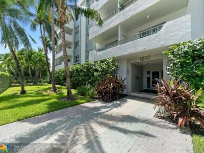 Miami Beach Condo/Townhouse For Sale: 1610 Lenox Ave #215