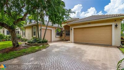Coconut Creek Single Family Home For Sale: 5156 NW 74th Mnr