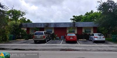 Lauderhill Multi Family Home For Sale: 5824 NW 23rd St
