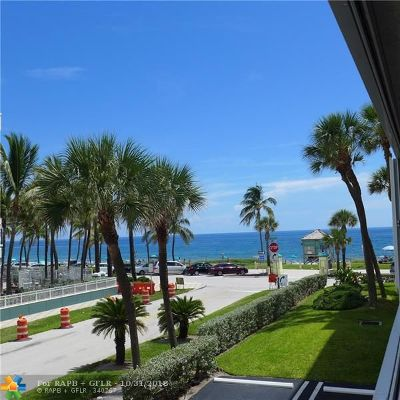 Deerfield Beach Condo/Townhouse For Sale: 330 SE 20th Ave #218