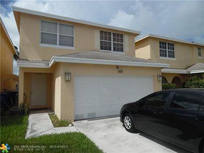 Pompano Beach Single Family Home For Sale: 4059 Eastridge Cir