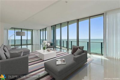 Sunny Isles Beach Condo/Townhouse For Sale: 17475 Collins Ave #2901