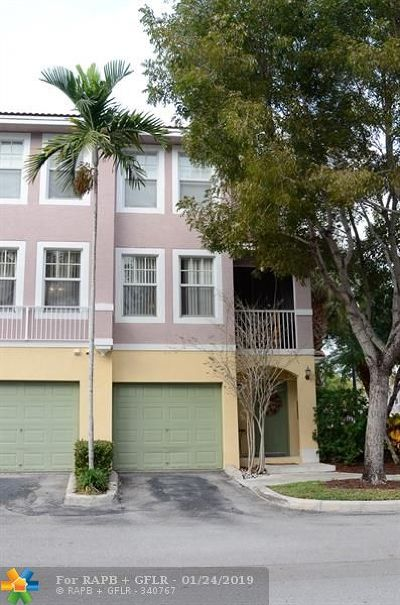 Coral Springs Condo/Townhouse For Sale: 6618 W Sample Rd #6618