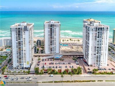 Hollywood Condo/Townhouse For Sale: 2101 S Ocean Dr #1102