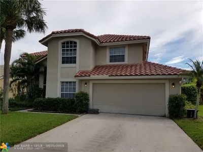 Lake Worth Single Family Home For Sale: 6712 Hatteras Dr