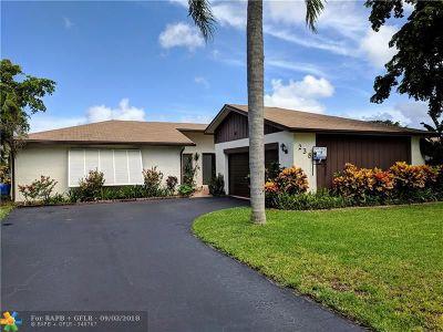 Deerfield Beach Single Family Home For Sale: 238 NW 41st Way
