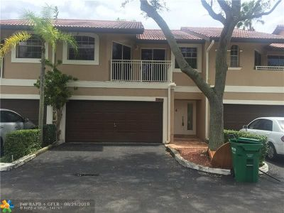 Coral Springs Condo/Townhouse For Sale: 4937 Riverside Dr #704