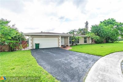 Tamarac Single Family Home For Sale: 7005 NW 81st Pl