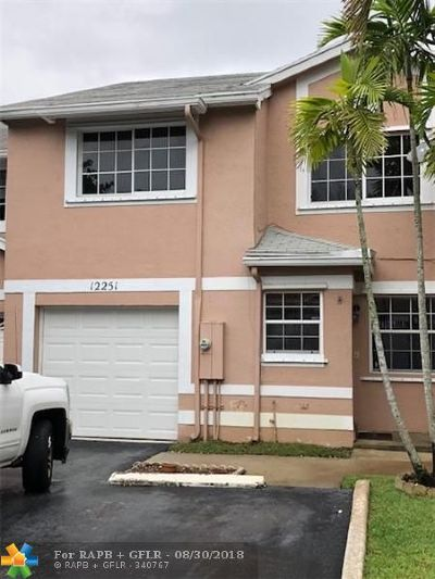 Cooper City Condo/Townhouse For Sale: 12251 SW 50th Pl #.