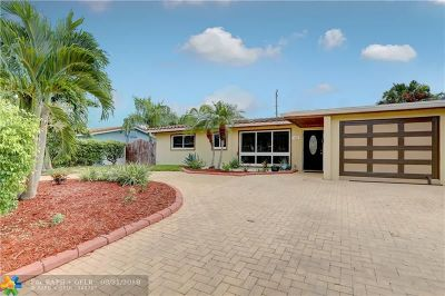 Deerfield Beach Single Family Home For Sale: 1635 SE 8th Ave