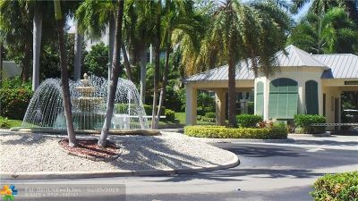 Boca Raton Condo/Townhouse For Sale: 9 Royal Palm Way #3060