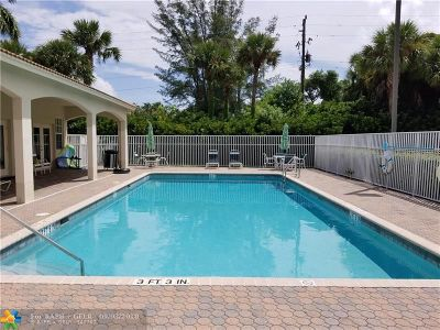 Boca Raton Condo/Townhouse For Sale: 23093 Addison Lakes #1