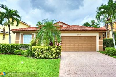Deerfield Beach Single Family Home For Sale: 4573 NW 7th Pl