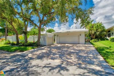 Fort Lauderdale Single Family Home For Sale: 127 Fiesta Way