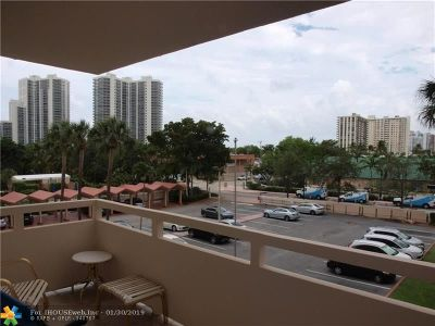 Fort Lauderdale Condo/Townhouse For Sale: 3233 NE 34th St #310