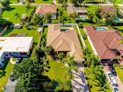 Plantation Single Family Home For Sale: 11350 NW 23rd St